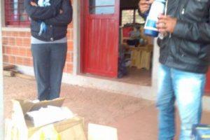 """""""Más que los zapatos, me preocupa que no tenemos comedor"""", publico una profesora en redes sociales Foto:Facebook.com/Escuela-N-948. Imagen Por:"""