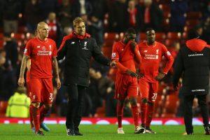 El defensor está a un paso de irse de Liverpool y a juzgar por su posteo, las relaciones con su técnico no eran de las mejores Foto:Getty Images. Imagen Por: