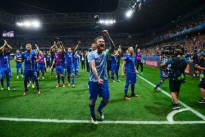 Islandia está siendo la sorpresa de la Eurocopa y se ganó el cariño de los hinchas Foto:Getty Images. Imagen Por: