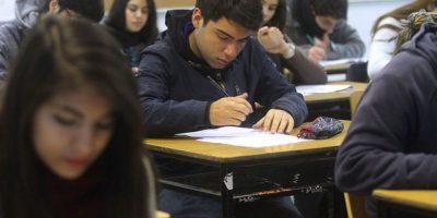 Unicef: 15% de los jóvenes en Chile no ha terminado Cuarto Medio