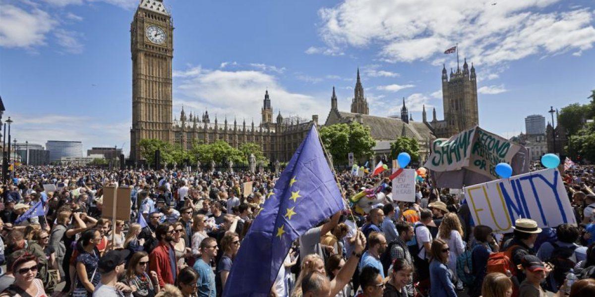 Los británicos marchan en Londres contra el Brexit