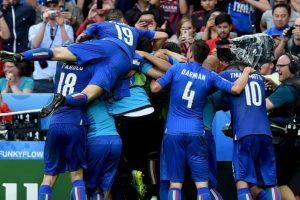 Los italianos no llegaban como grandes favoritos, pero han exhibido buen fútbol y esperan hacer valer su condición de 'bestia negra' contra Alemania, quienes nunca le han ganado en un gran torneo Foto:Getty Images. Imagen Por: