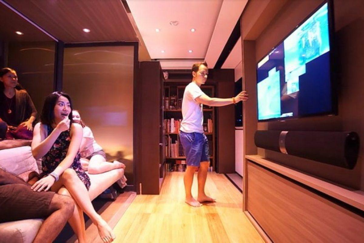 Le cabe todo, Tiene una sala de televisión. Foto:LAAB. Imagen Por: