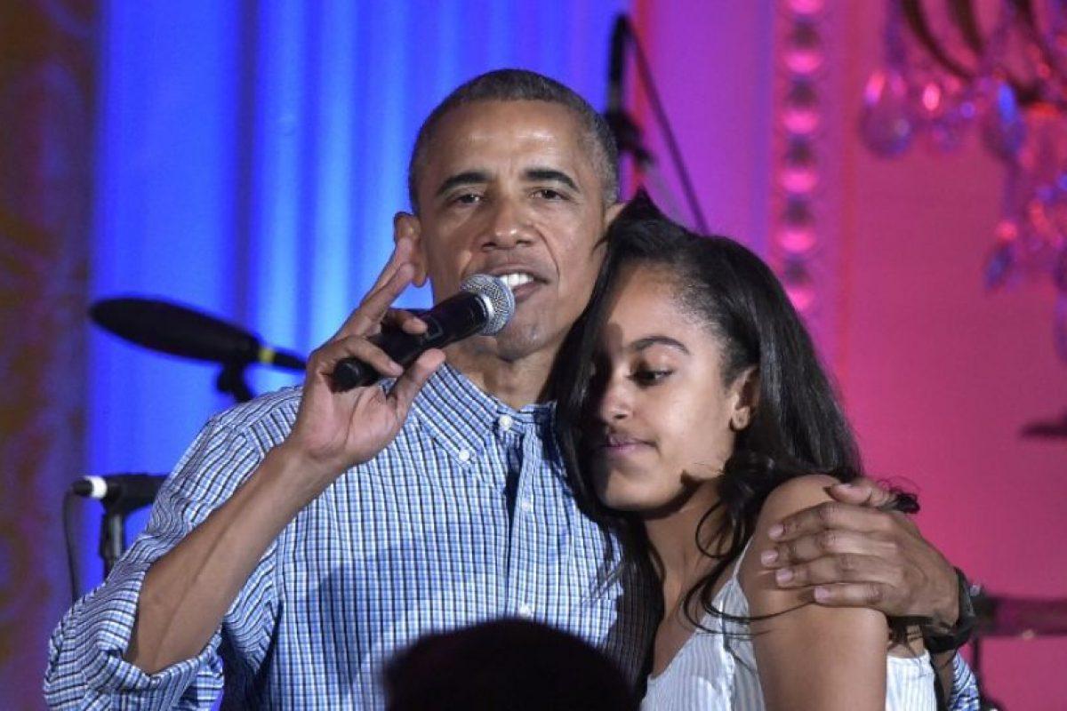 """""""Tengo un último trabajo que hacer"""", expresó el presidente antes de empezar a cantar Foto:AFP. Imagen Por:"""