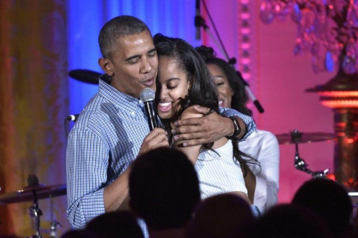 """Barack Obama le cantó """"Happy Birthday"""" a su hija Malia Foto:AFP. Imagen Por:"""