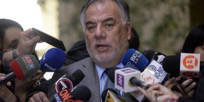 Andrade defiende a esposa tras polémica pensión: