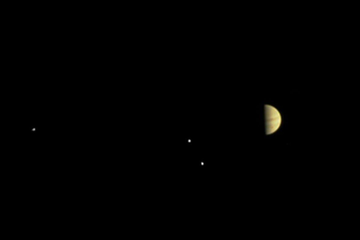 Se pueden apreciar las lunas Callisto y Europa Foto:NASA. Imagen Por: