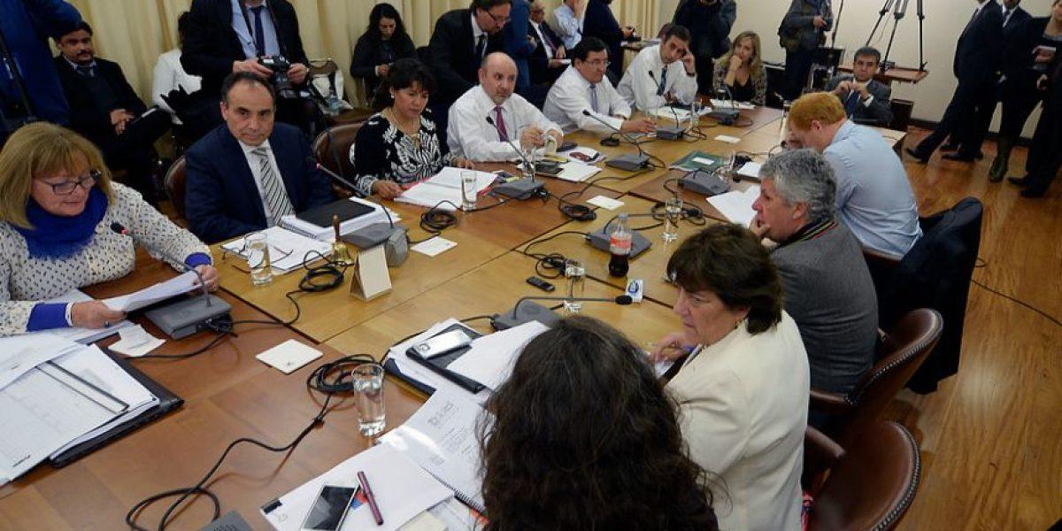 Ministra Delpiano se reunió con diputados para explicar proyecto de reforma a la educación superior