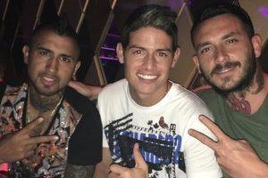 Arturo Vidal, James Rodríguez y Mauricio Pinilla Foto:Instagram. Imagen Por: