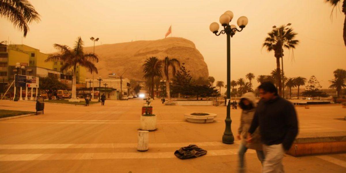 Tormenta de arena dejó sin visibilidad a la ciudad de Arica y obligó al cierre del aeropuerto