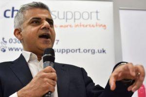 Sadis Khan, el alcalde de Londres, de ascendencia paquistaní. Foto:AFP. Imagen Por: