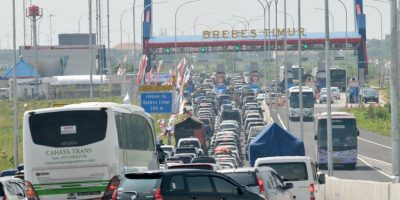 Doce personas mueren en taco de tres días en Indonesia