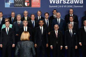 Los principales líderes de los países de la Otan, Obama a la cabeza, reunidos en Varsovia, Polonia. Foto:AFP. Imagen Por:
