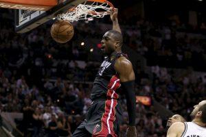 Dwyane Wade. Despues de 13 temporadas con Miami, ahora jugará con Chicago Foto:Getty Images. Imagen Por: