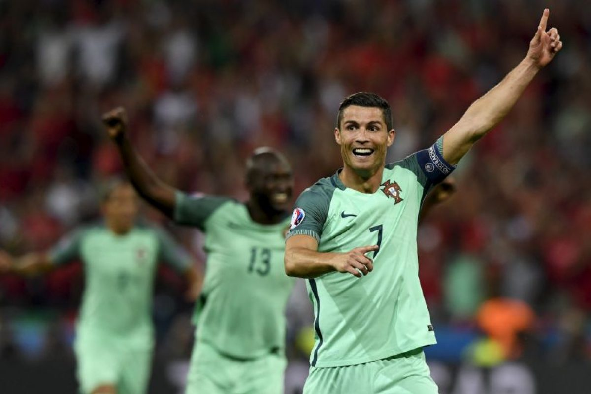 Cristiano Ronaldo apareció en la semifinal y anotó un tanto y se matriculó con una asistencia para la victoria por 2 a 0 Foto:Getty Images. Imagen Por:
