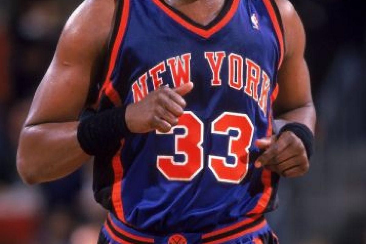 Patrick Ewing. Después de 13 campañas con los Knicks, se despidió en 2002 con Orlando Magic Foto:Getty Images. Imagen Por: