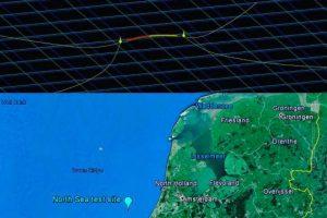 La barrera de flotantes se colocó a 23 kilómetros de la costa de Países Bajos.. Imagen Por: