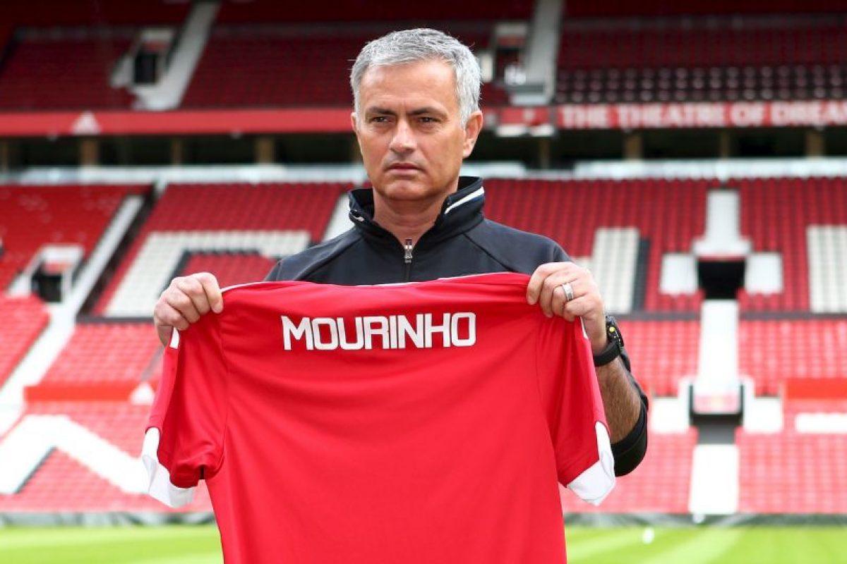 Sin embargo, Mourinho lo quiere vender y esto podría traerle un problema y un tempranero quiebre con el camarín Foto:Getty Images. Imagen Por: