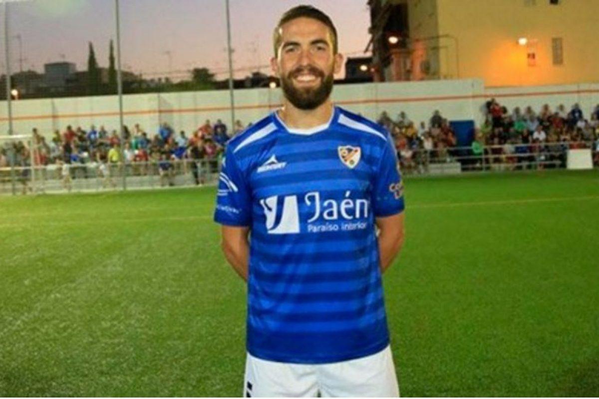 Fran Carles sufrió el golpe de una pesa en el muslo Foto:Sitio web Linares Deportivo. Imagen Por: