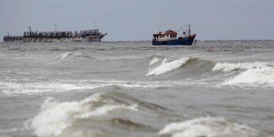 Suben a cuatro los cuerpos hallados tras naufragio de barcaza en Punta Arenas
