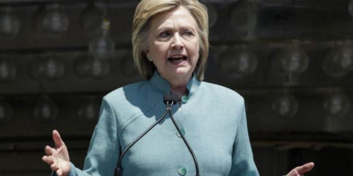 Campaña de Clinton alerta de que Trump puede ganar el estado clave de Florida