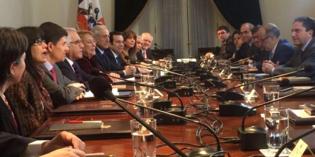 Presidenta Michelle Bachelet encabeza consejo de gabinete en La Moneda