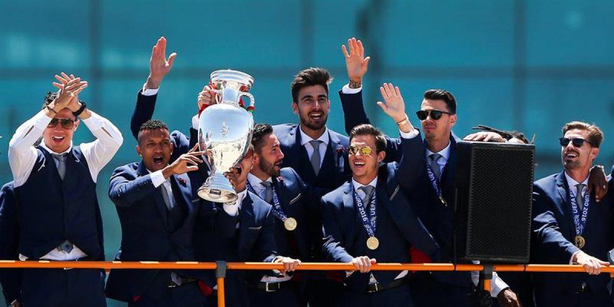 Los campeones de Europa llegaron a Lisboa bajo un espectacular recibimiento