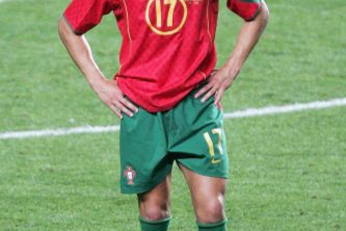 Las lágrimas abundaron hace 12 años tras caer en la final ante Grecia Foto:Getty Images. Imagen Por: