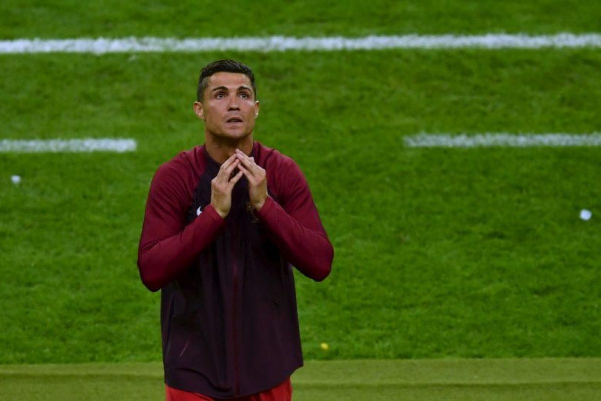 Una vez conseguido el triunfo y la Eurocopa, no aguantó las lágrimas Foto:Getty Images. Imagen Por: