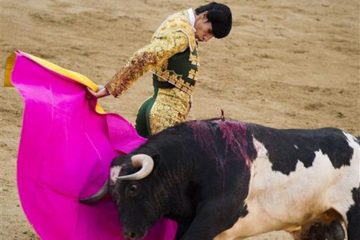 """Recibió dos cornadas por parte del toro """"Lorenzo"""", de 529 kilos Foto:AP. Imagen Por:"""