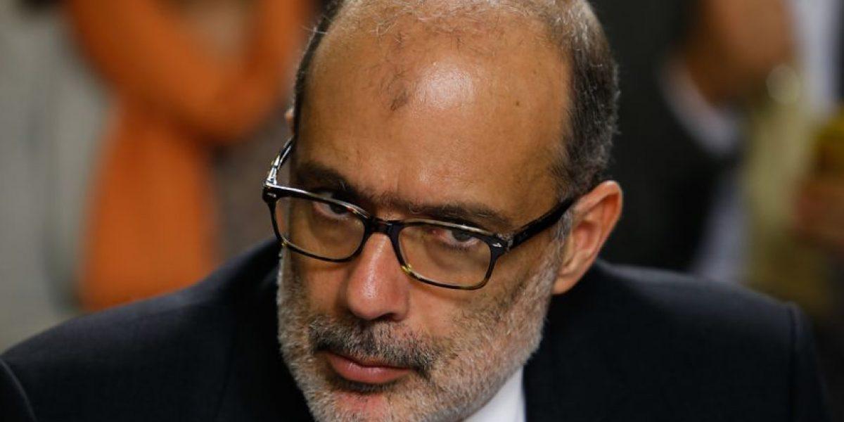 Ministro de Hacienda explica financiamiento de reforma educación superior a parlamentarios