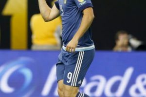 6. Gonzalo Higuaín (Nápoles/Argentina). 60 millones de euros Foto:Getty Images. Imagen Por: