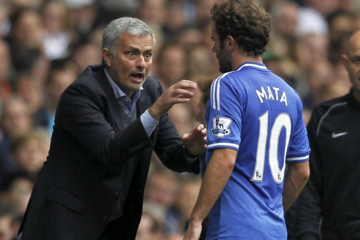 Juan Mata sería el primer marginado de Mourinho Foto:AFP. Imagen Por: