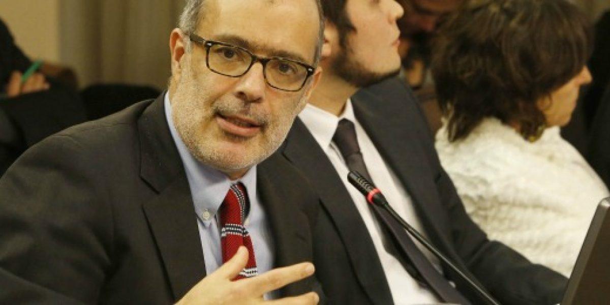 Ministro Valdés: Invertir recursos del cobre