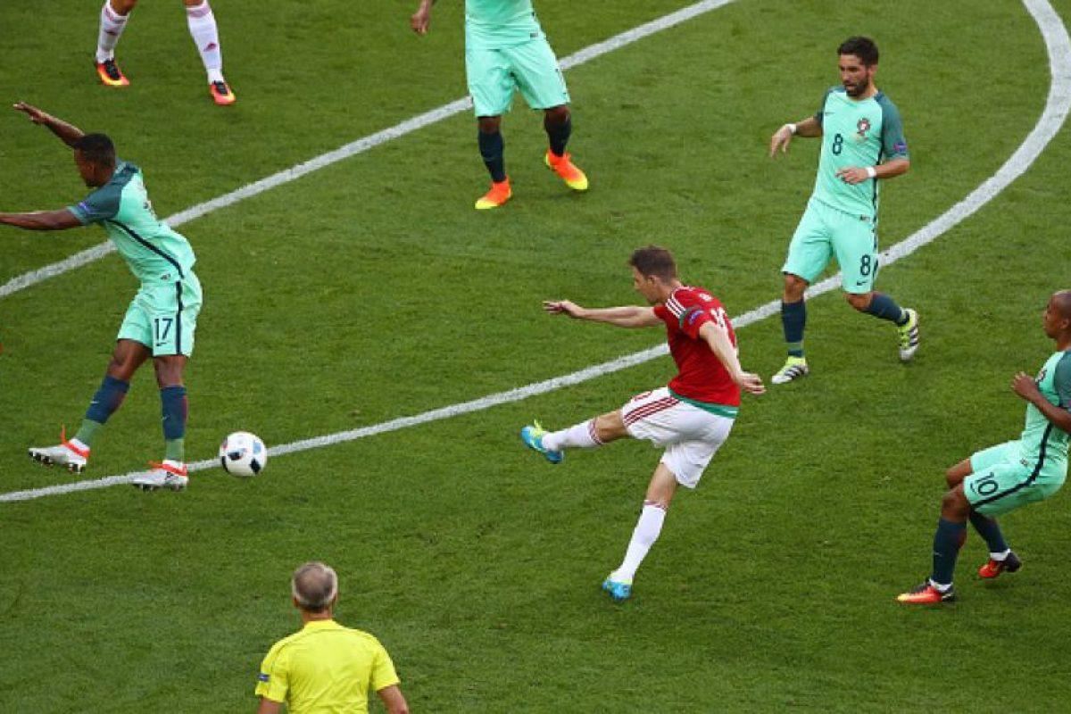 La volea de fuera del área de Zoltan Gera ante Portugal fue elegido el mejor gol de la Eurocopa Foto:Getty Images. Imagen Por: