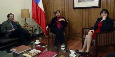 Parlamentarios de la Nueva Mayoría visitan a ministra Blanco en medio de crisis por Gendarmería