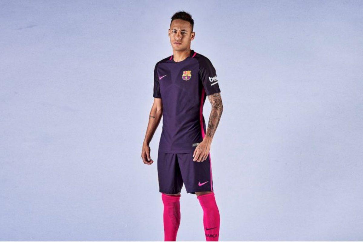 Será primera vez que se utilice el color púrpura en una camiseta de Barcelona Foto:Twitter FC Barcelona. Imagen Por: