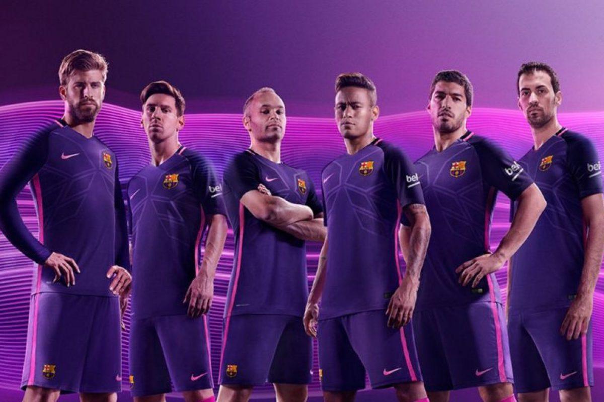 Además, tendrá un tejido estampado con formas angulares y geométricas Foto:Twitter FC Barcelona. Imagen Por: