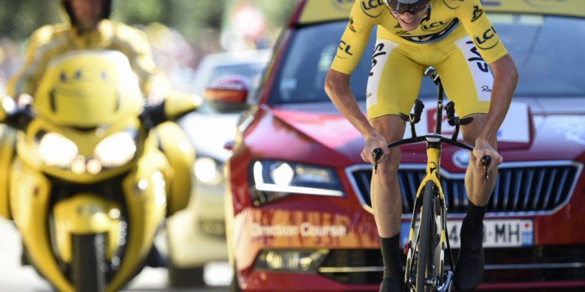 Tour de Francia: Dumoulin vuela en la crono y Froome se aleja de Quintana en la general