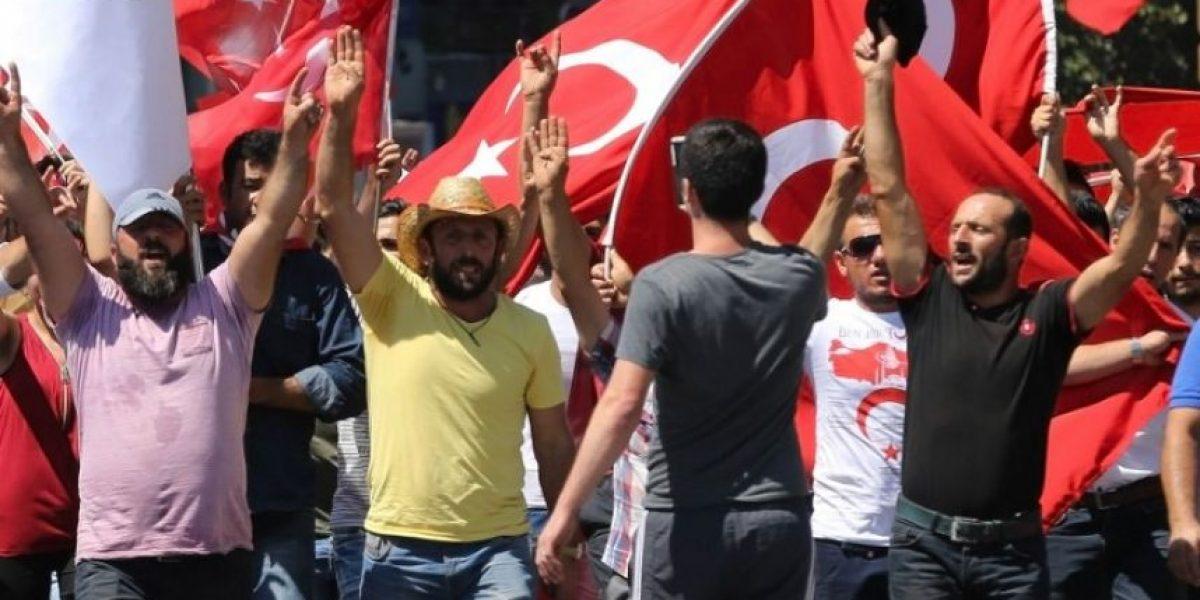 Turquía aborta intento de golpe de Estado militar que causa al menos 265 muertos