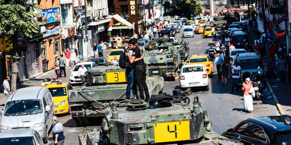 La respuesta ciudadana al golpe de Estado en Turquía en imágenes