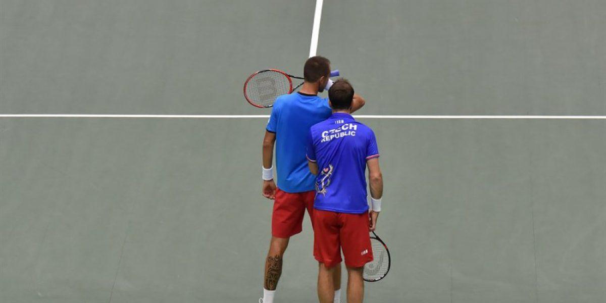 Argentina vence a Italia en dobles y queda a un paso de las semis de Copa Davis