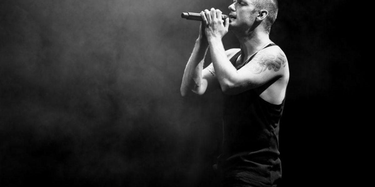 Nick Carter deslumbró a fanáticas en concierto en solitario
