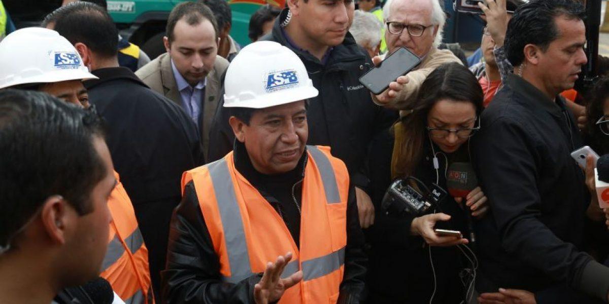 Choquehuanca acusa a Puerto de Arica de retrasar visita para
