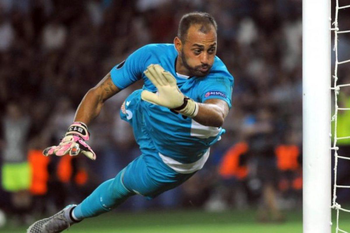 Beto Bastos: Ex seleccionado portugués, campéon de cuatro ediciones de la Europa League y su último club fue Sevilla Foto:AFP. Imagen Por: