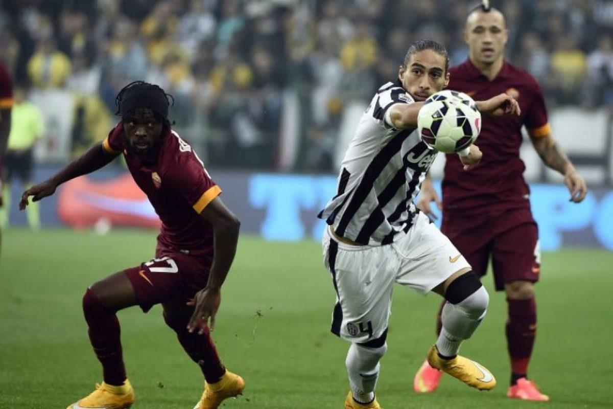 Martín Cáceres: Las lesiones le han pasado la cuenta en el último tiempo y perdió su lugar en la Juventus, donde no renovó contrato. El charrúa, habitual de su selección, ahora busca club Foto:AFP. Imagen Por:
