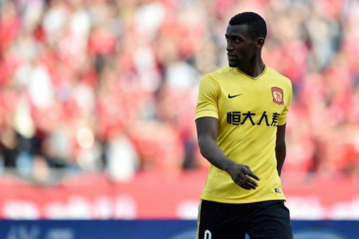 Jackson Martínez es otro de los jugadores que ya lleva un tiempo en China y recibe 12.5 millones de euros Foto:AFP. Imagen Por: