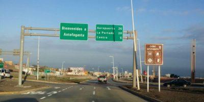 Delegación boliviana encabezada por Choquehuanca llega a Antofagasta para segundo día de visita