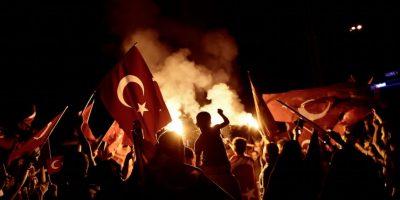 Reacción de Turquía al intento de golpe pone a los Derechos Humanos