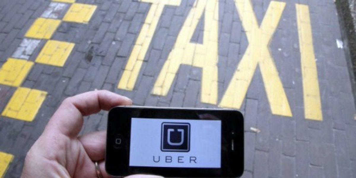 Aplicaciones de taxis critican a autoridades de Transportes tras anuncio de Uber